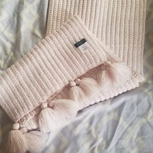 J.crew pink and white knitted scarf